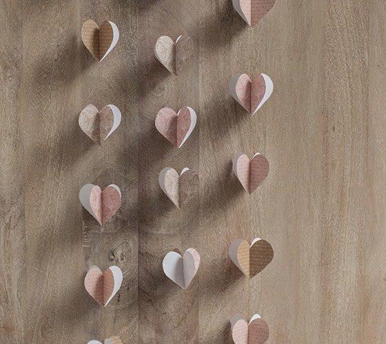 DIY  //  PAPER HEART GARLAND TUTORIAL + FREE PRINTABLE