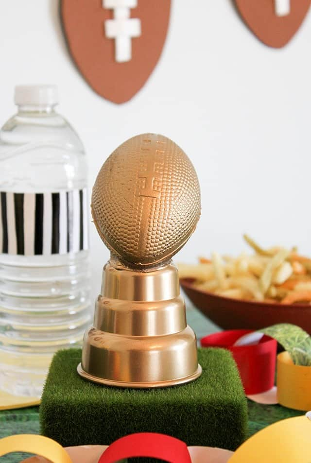 DIY Superbowl party decor — easy and affordable ideas for your party!