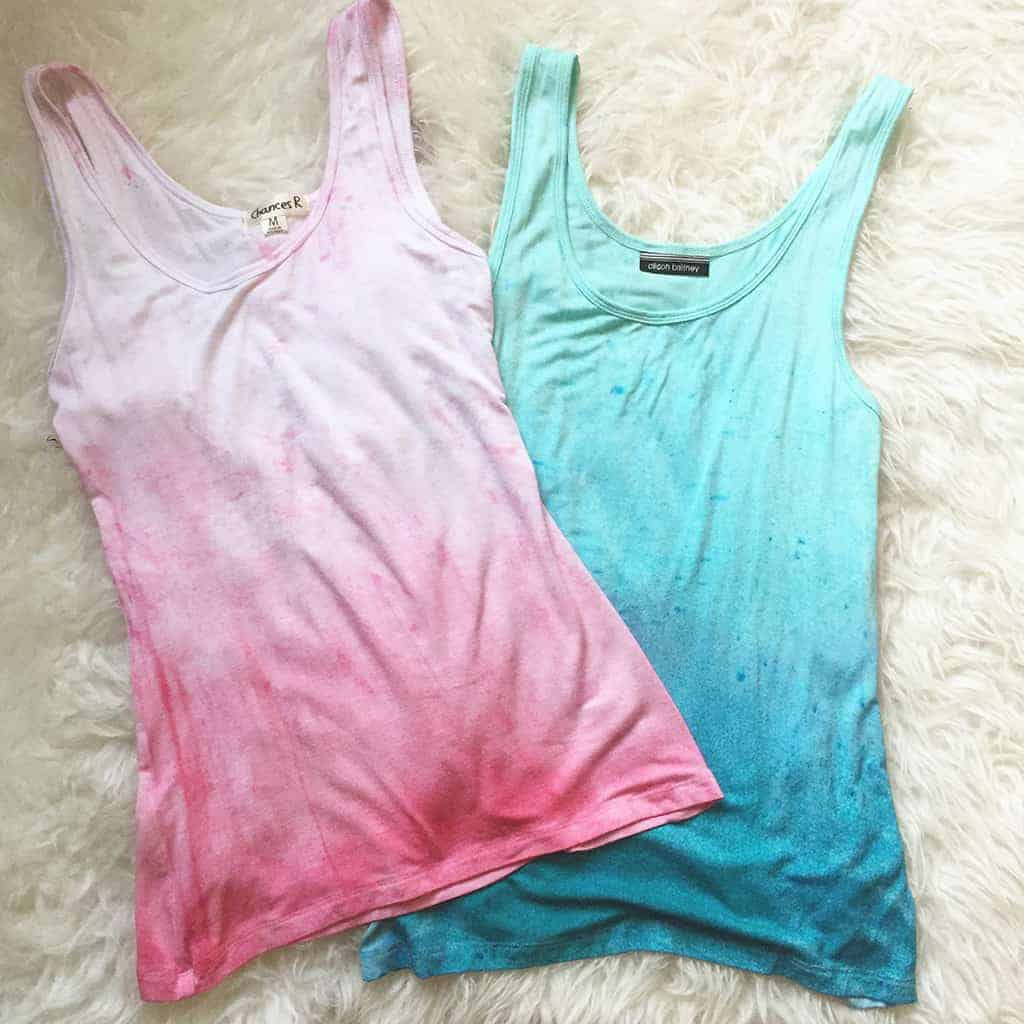 Oh So lovely Blog brings you a DIY tutorial showing how easy it is to make dip dyed tank tops and spray dyed flower pots