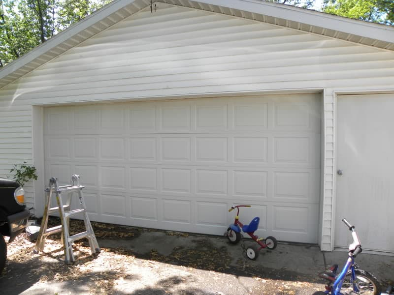 diy-faux-carriage-garage-door-tutorial DIY GATE HARDWARE TUTORIAL GIVEAWAY