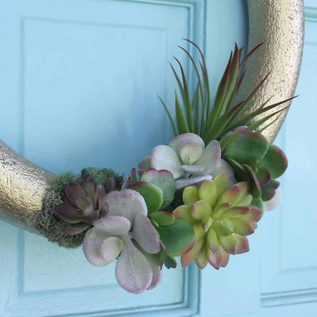 Affordable and pretty DIY faux succulent wreath tutorial