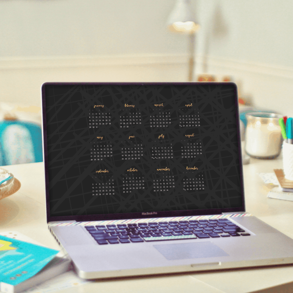 Audrey from Oh So Lovely Blog shares 16+ FREE 2017 desktop wallpaper calendars. There are lots of colors and patterns to choose from. Download yours today!