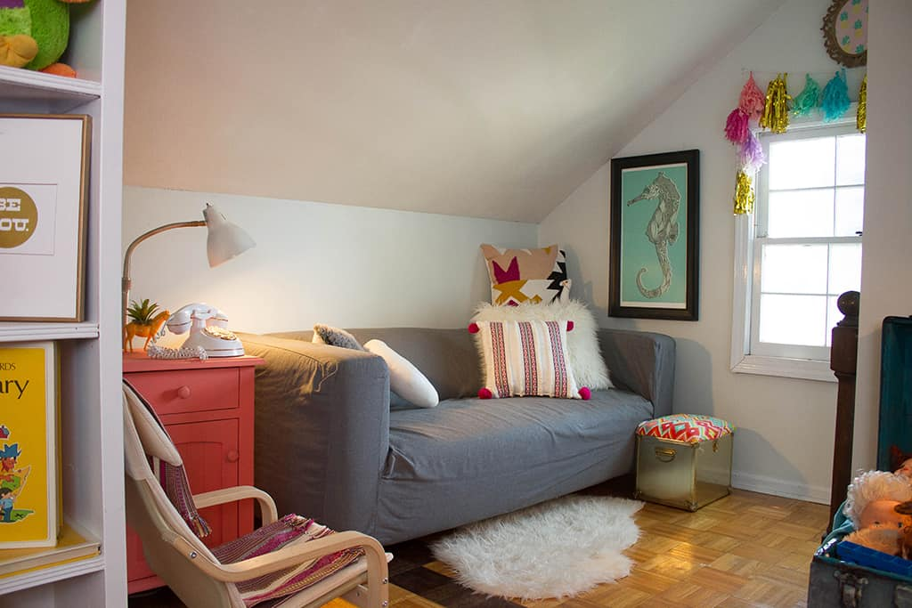 Oh So Lovely blog takes you on a toddler bedroom and play spaces home tour.