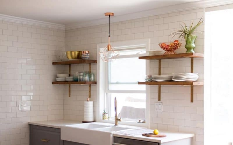 DIY  //  KITCHEN OPEN SHELVING