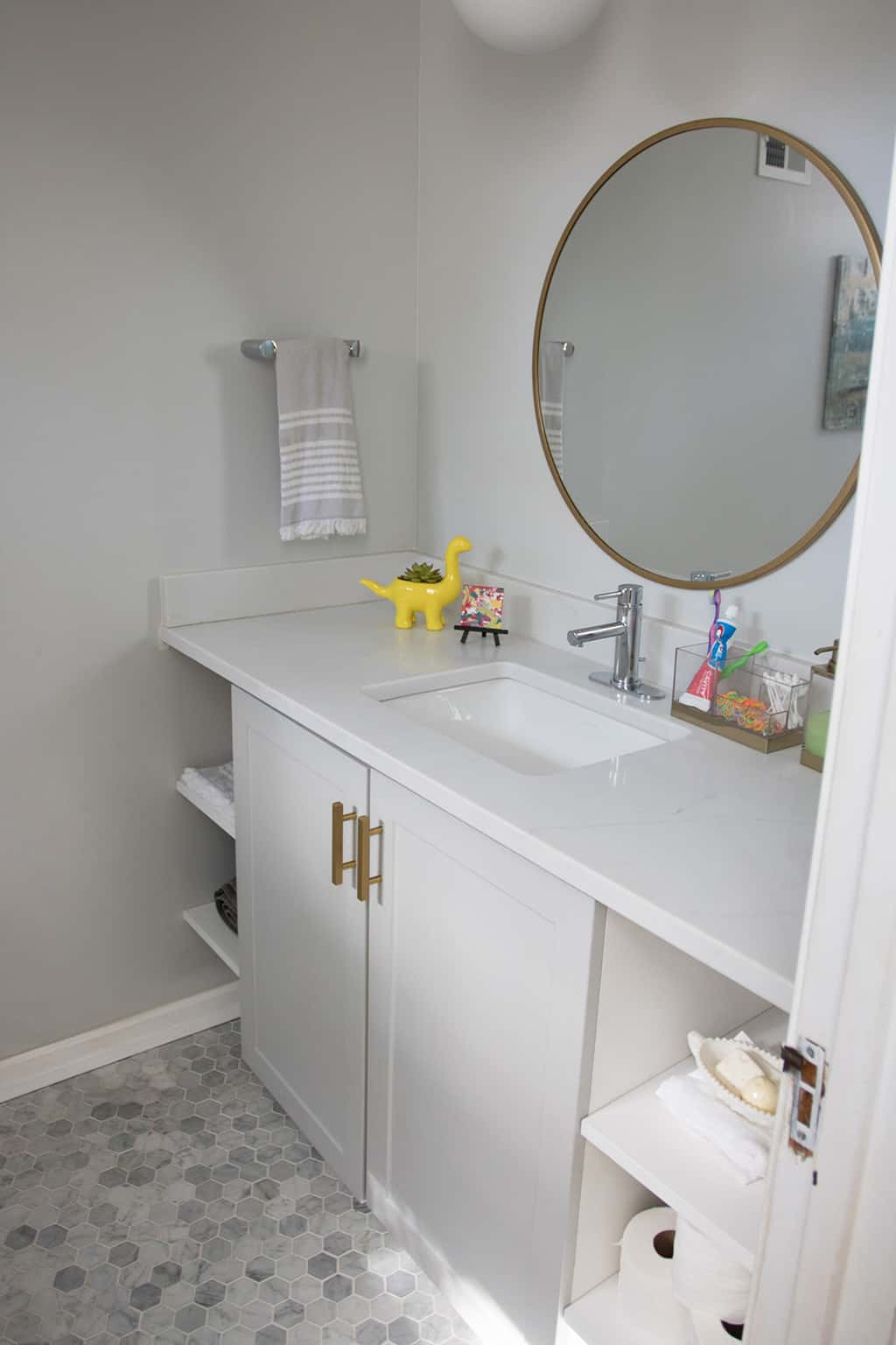 Before And After Guest Bathroom Remodel Featuring A Diy