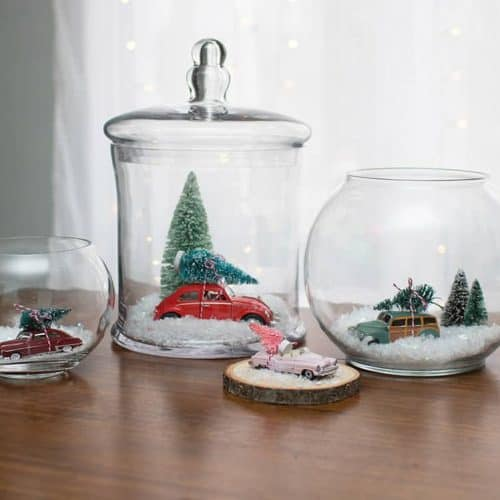 Audrey of Oh So Lovely Blog shares some DIY holiday terrarium tutorials featuring items mostly from Goodwill + items found around the house. Get inspired!