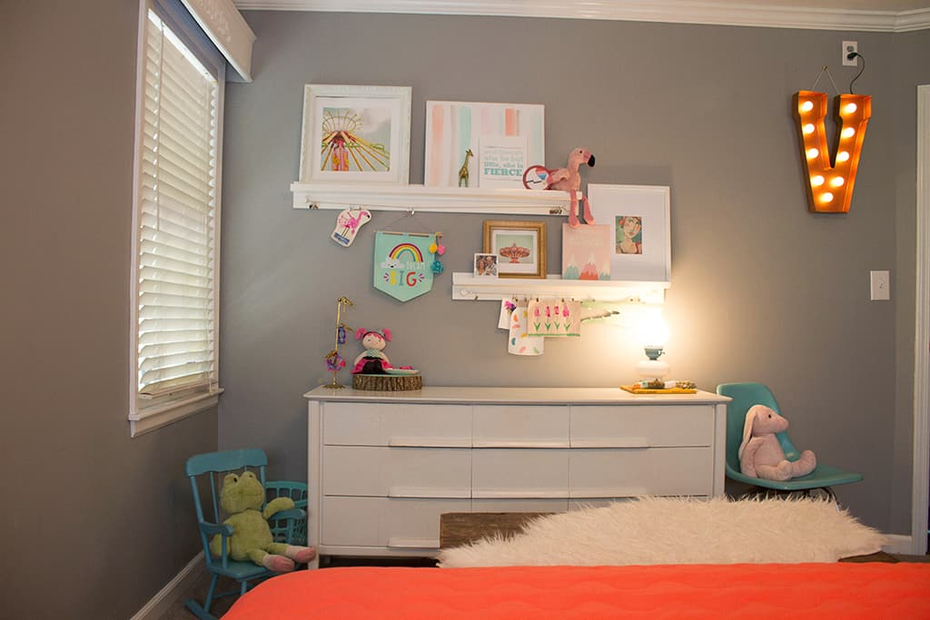 Oh So Lovely Blog shares the progress of her DIY toddler bedroom and playroom and shares a fun and cute unicorn free printable!