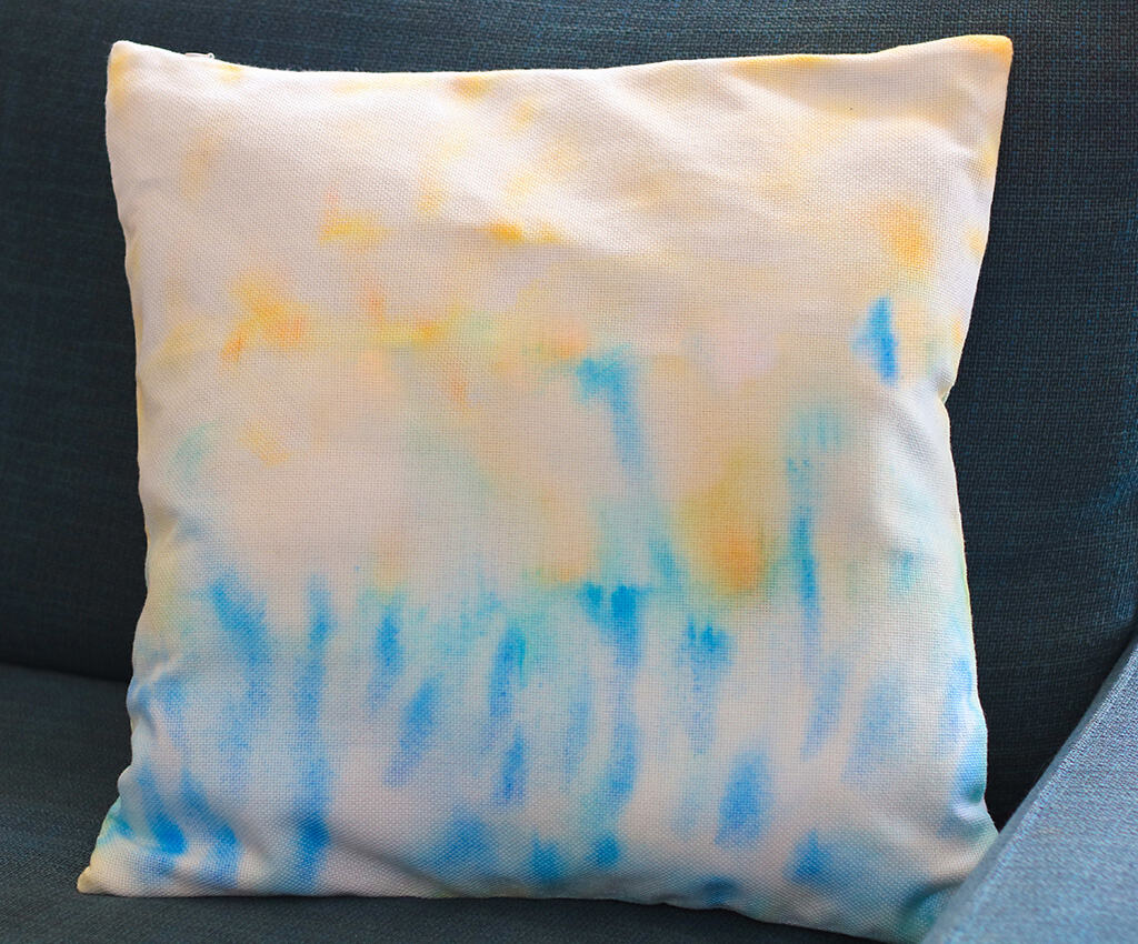 DIY Sharpie and alcohol pillowcase
