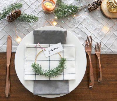 place cards festive table decor