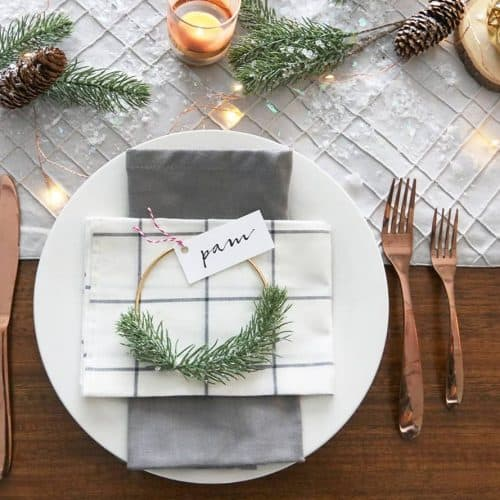 place cards festive table decor