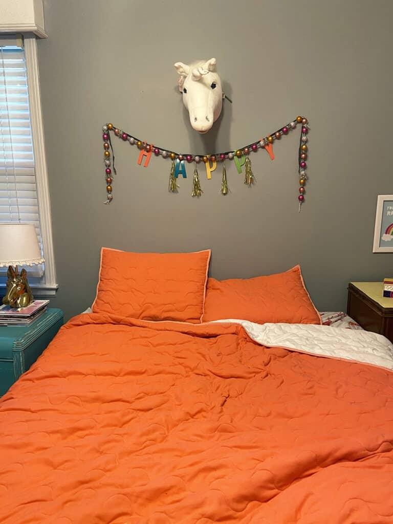 bedroom before photo