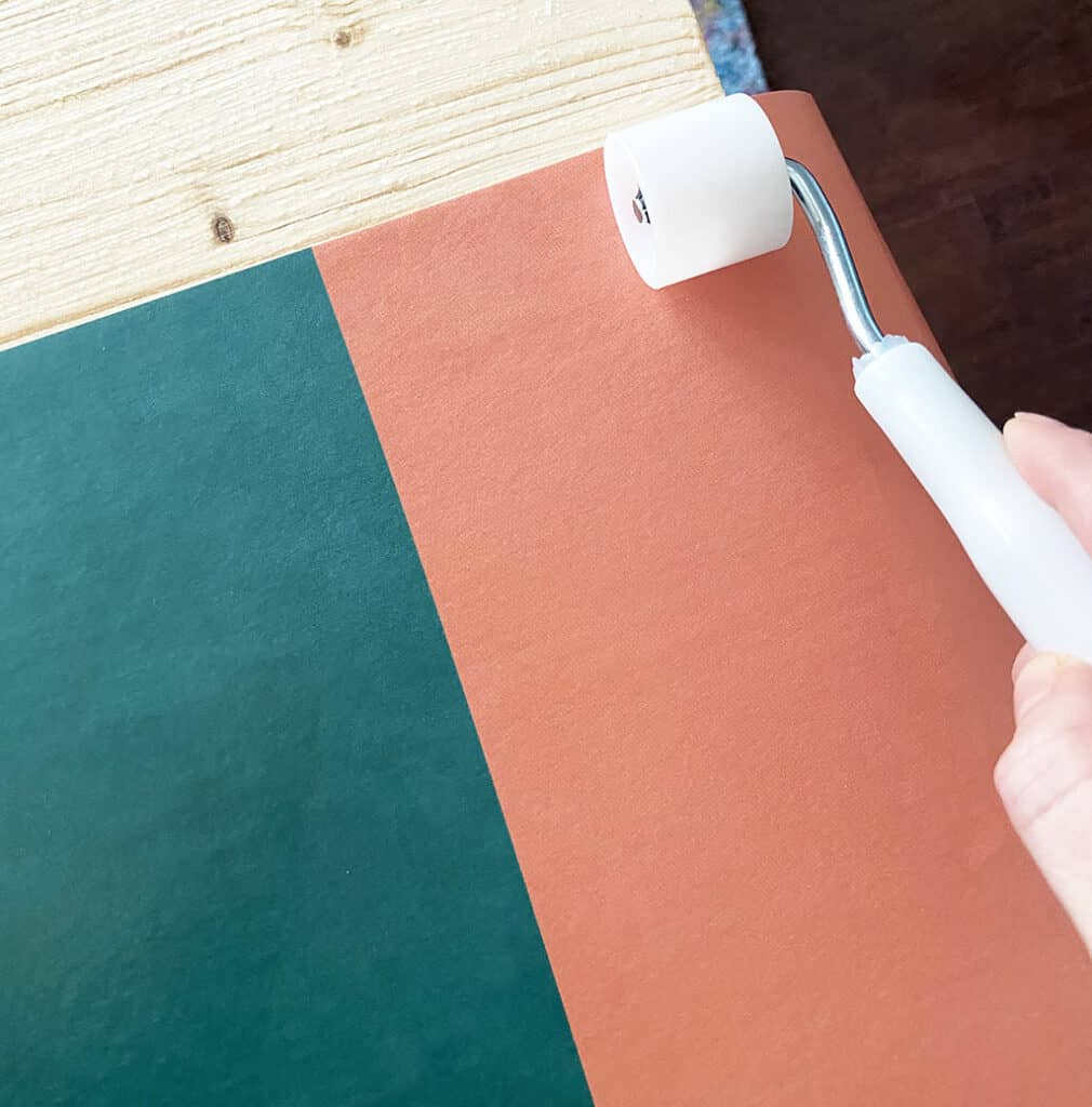 how to wallpaper a board