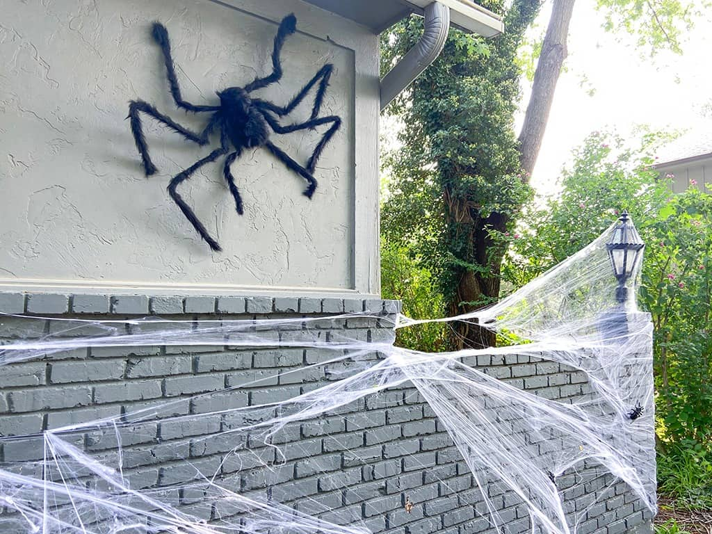 giant outdoor halloween spider and spider webs
