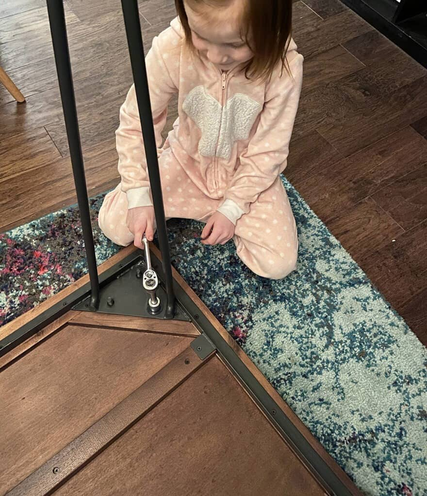 Reusing hair pin legs from old table