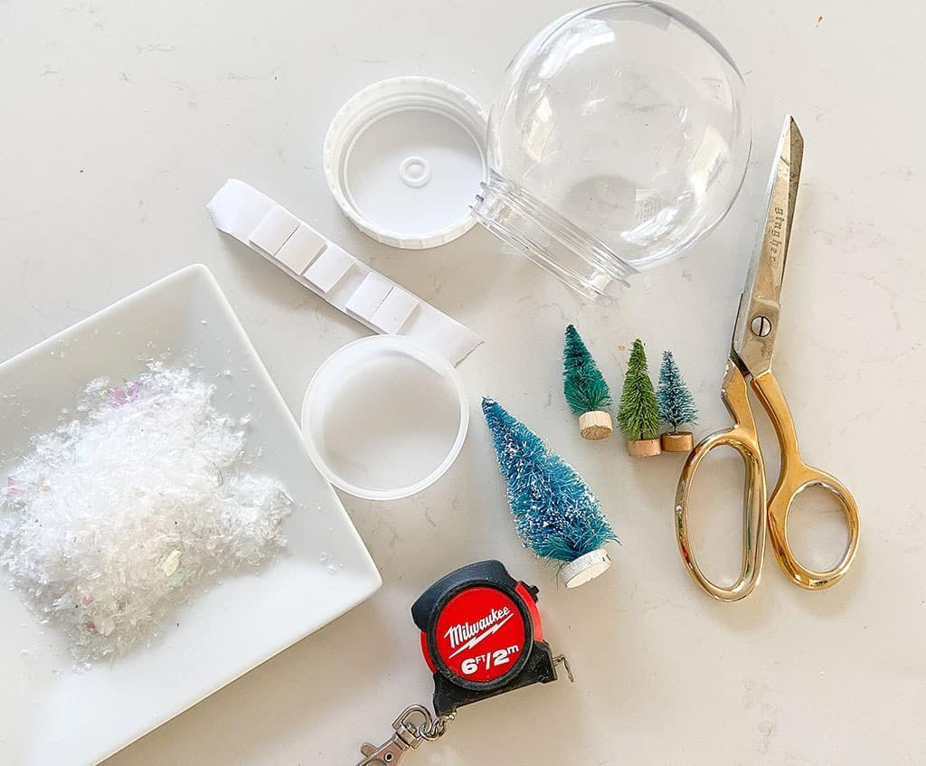 DIY personalized snow globe supplies