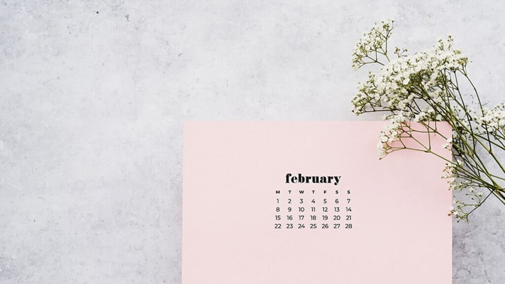 Free February 2021 calendar wallpapers – 30 cute designs in both Sunday and Monday starts for phone and desktop. Dress you tech!