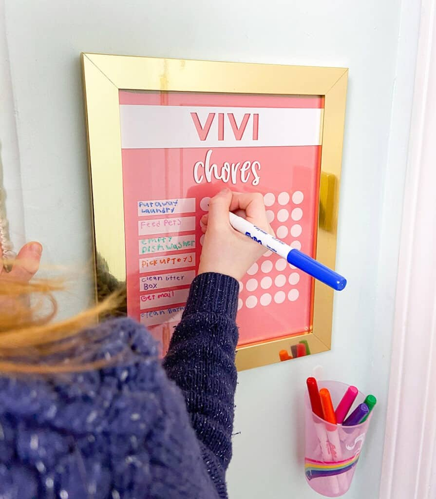 DIY chore chart tutorial – a cute and easy home organization hack made with a Cricut Joy. Get your kiddos excited to do chores. Parenting win!